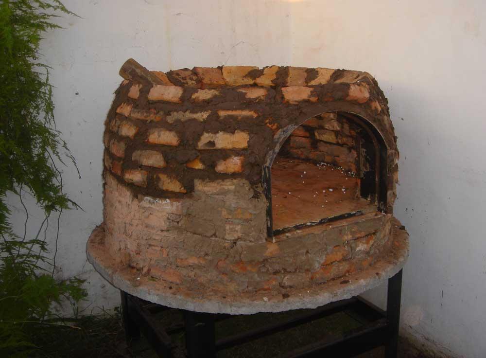 http://www.elhornodebarro.com.ar/images/Horno-Lagraba3Mw.jpg